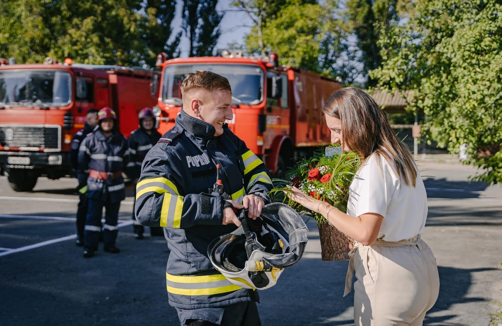 FOTO: Cerere în căsătorie de Ziua Pompierilor 13.09.2021